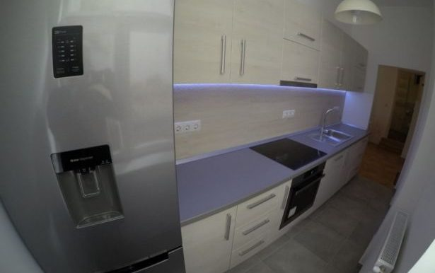 220088603_8_644x461_pf-vand-apartament-2-camere-ultramodern-zona-spitalul-judetean-