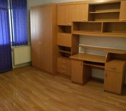 185018387_8_644x461_vand-apartament-3-camere-turnisor-75-m-patrati-_rev005