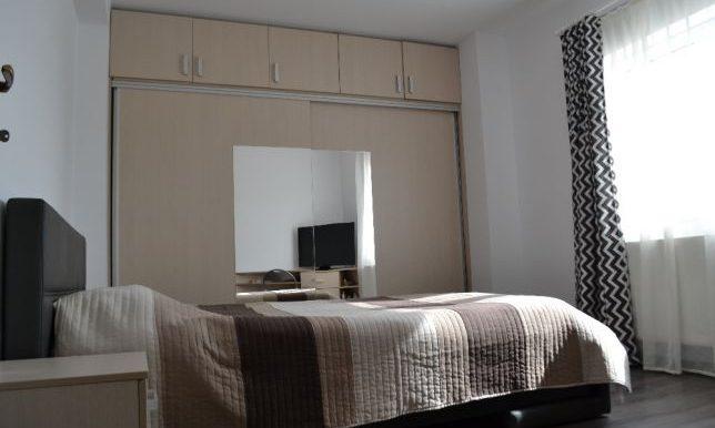 205673233_7_644x461_vand-apartament-3-camere-