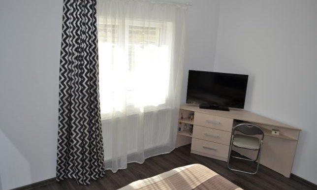 205673233_8_644x461_vand-apartament-3-camere-