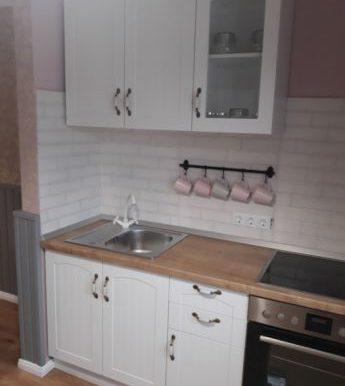 224923045_5_644x461_vand-apartament-3-camere-decomandat-in-strand-sibiu_rev020