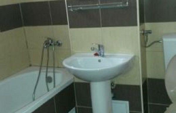 197924745_2_644x461_vand-apartament-2-cam-54000-eur-zona-rahovei-fotografii_rev005