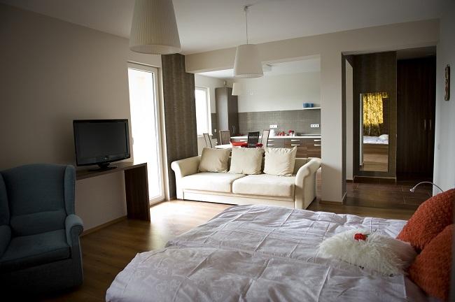 SemiCENTRAL Et.1 – Apartament Vila 4 camere decomandate 117 mp
