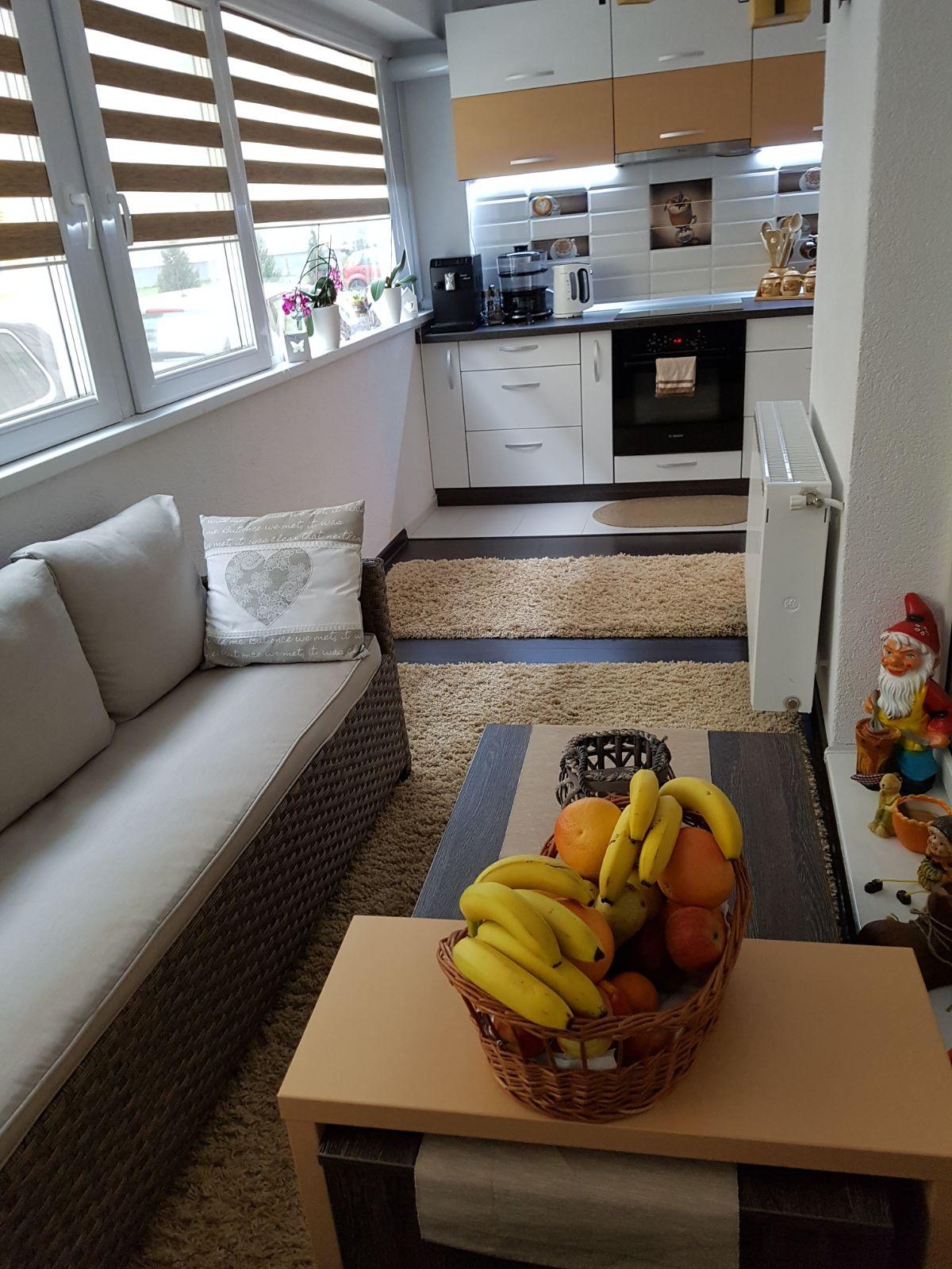INEDIT! Apartament 3 camere decomandate 78 mp+ boxa Hipodrom IV