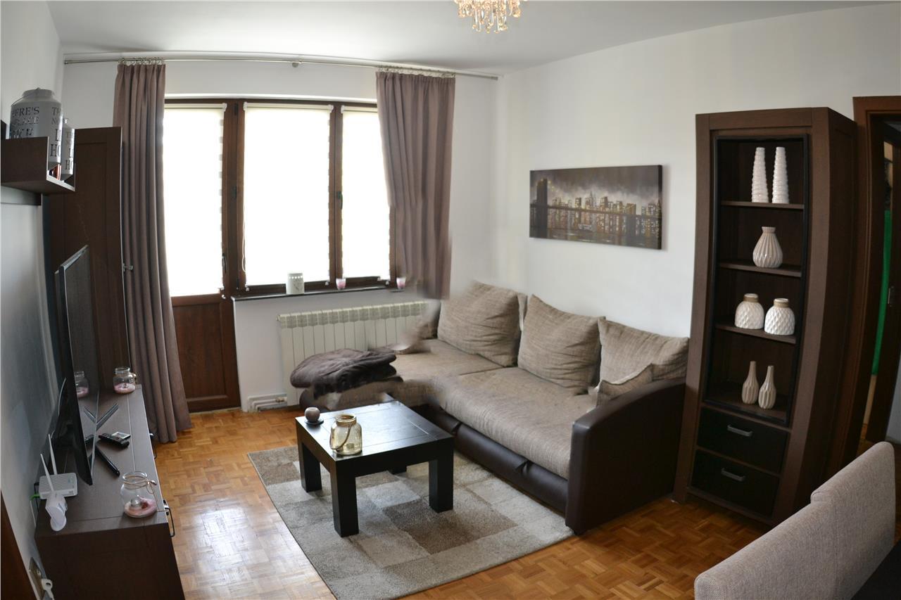 CENTRAL/ MILEA ET. 3- Apartament MODERN 3 camere
