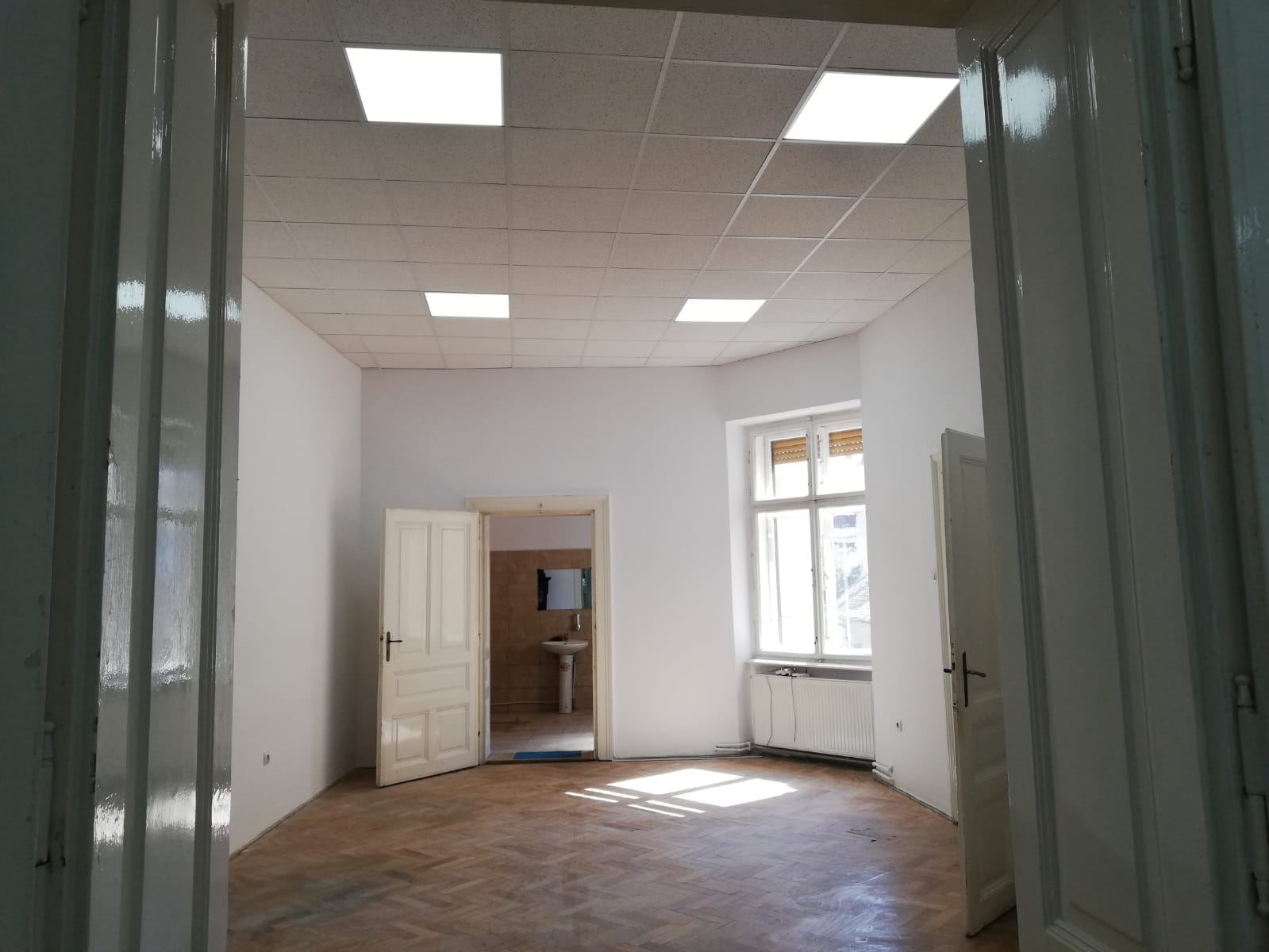UltraCENTRAL Et.1- Apartament/ birou 93 mp