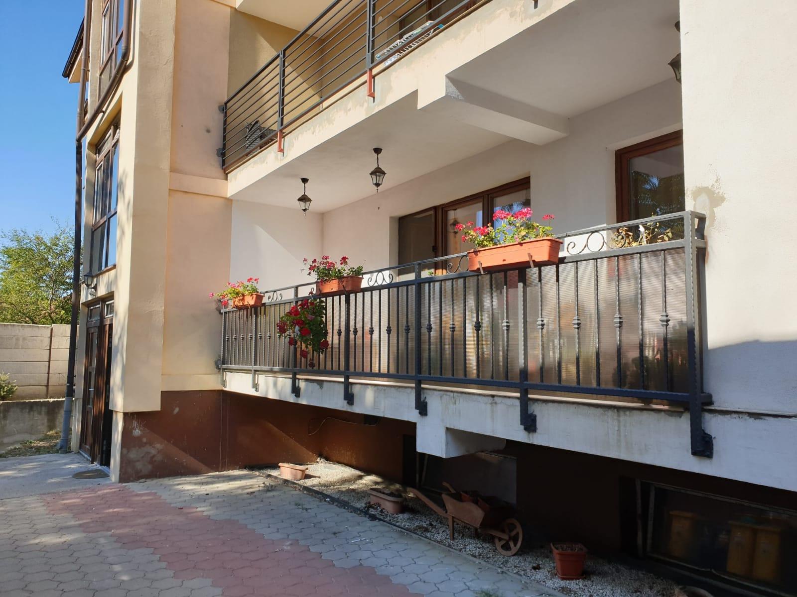 INEDIT! Apartament NOU 3 camere 2 bai+ boxa/ garaj cart.Lazaret