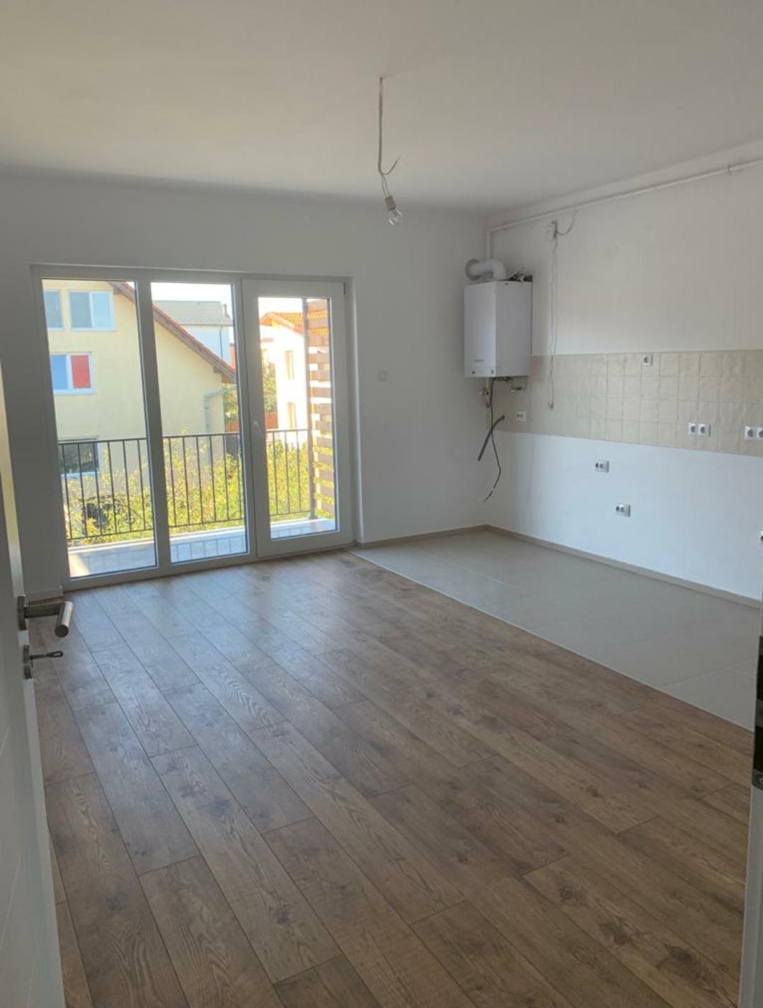 City Shopping Et.1 – Apartament VILA 2 camere decomandate