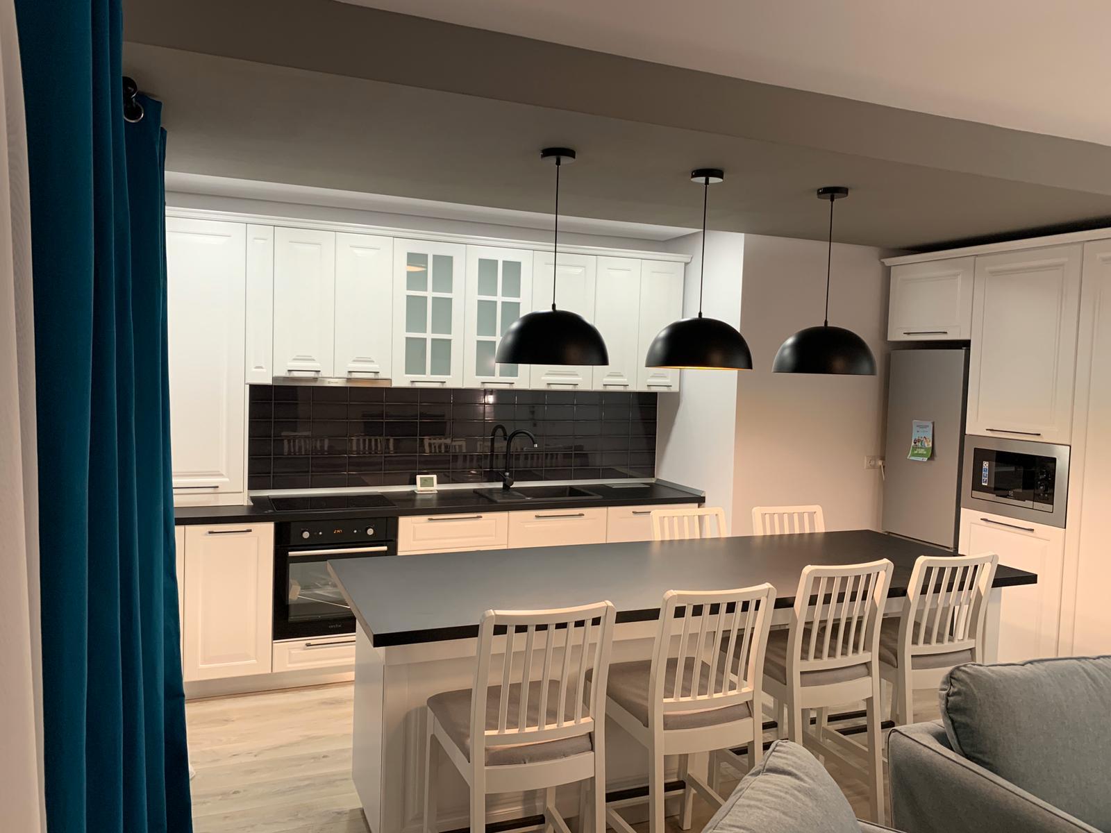 Apartament PREMIUM 3 camere+ terasa/ Ansamblu Kogalniceanu Et.1