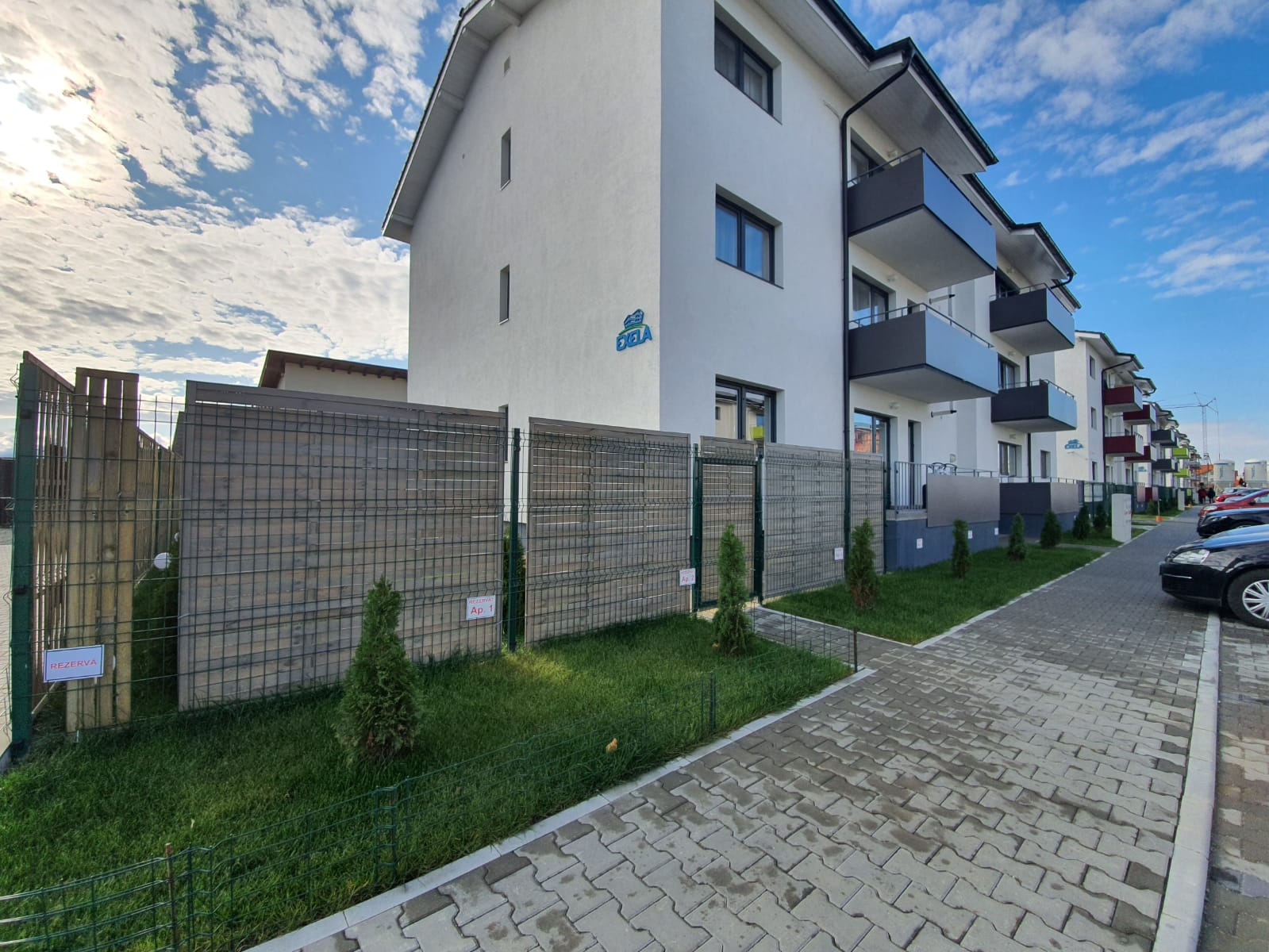 Selimbar/ Brana Et.2- Apartament LA CHEIE 3 camere 2 bai+ pod
