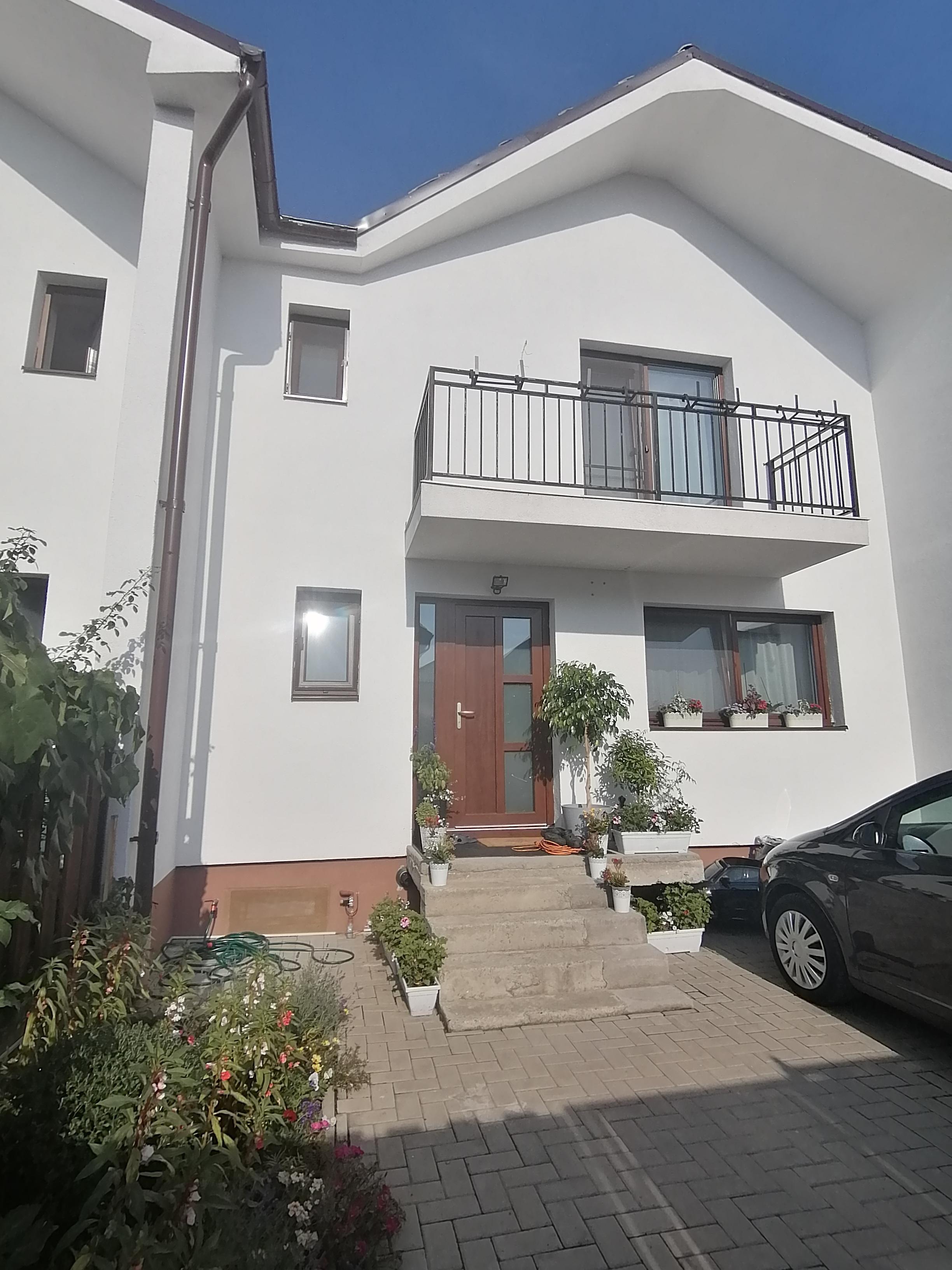 Casa MODERNA 5 camere + teren/ piv. Cart.Arhitecti